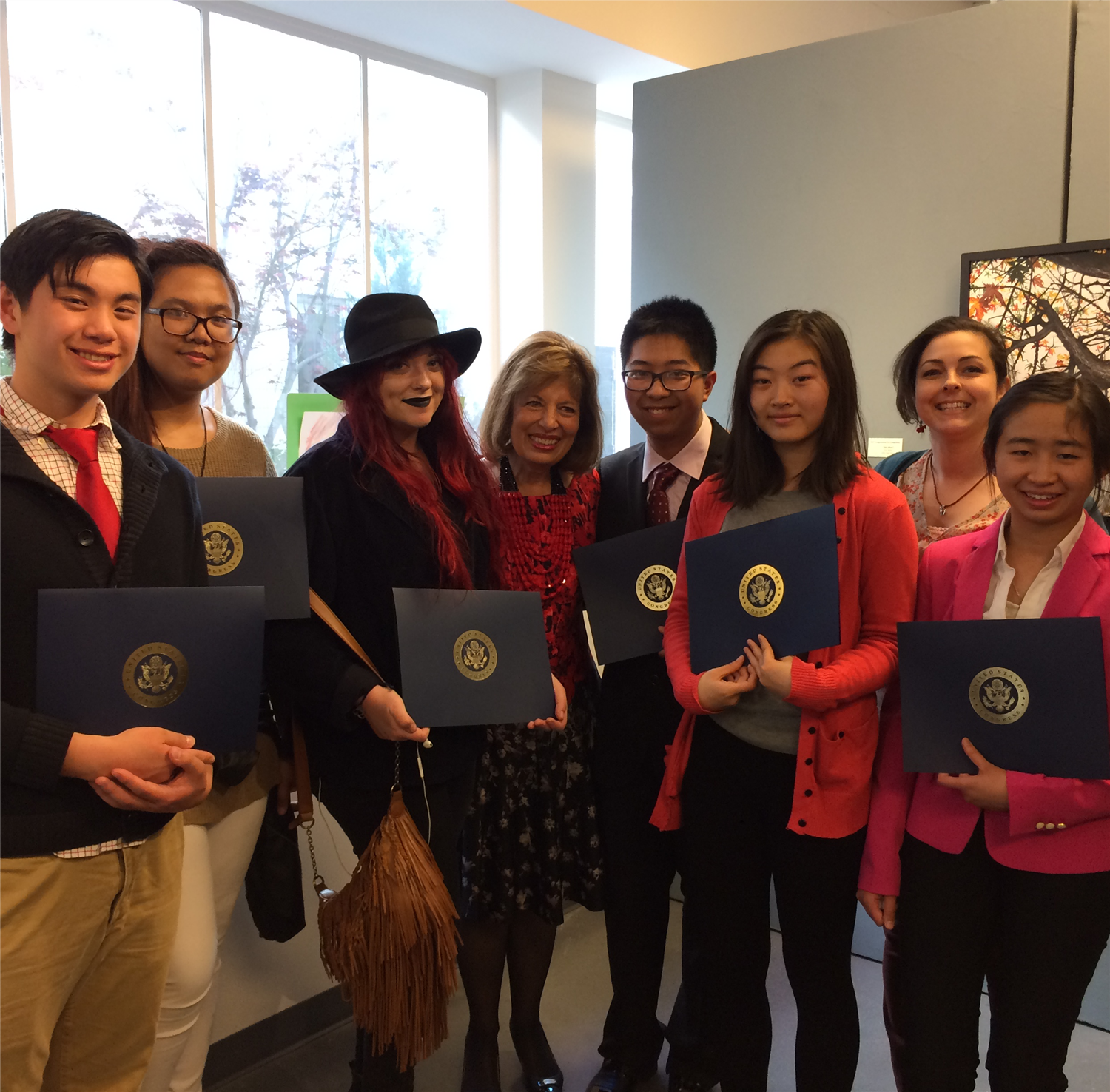 JHS Art Students Receive Congressional Certificate